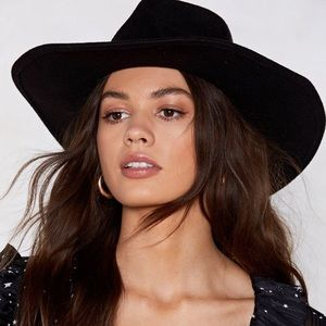 Nasty Gal Black Oversized Fedora